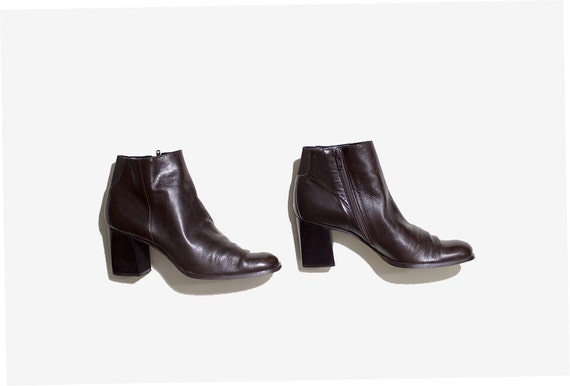 Vintage Ankle Boots 9 / Brown Leather Boots / Ankle Boots Women / Zip Up Ankle Boots