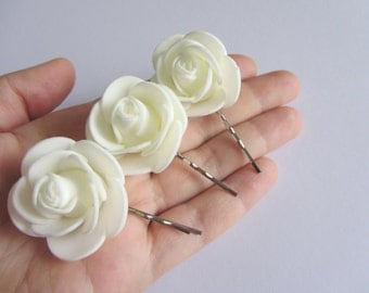 Ivory Bobby Pin Set, Flower Hairpins, Off white Flower Bobby Pins, Wedding Hair Accessory, Bridesmaid Gift, Ivory Hair Flowers Hair Pins