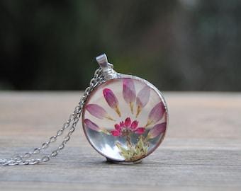 Terrarium pendant, real flower necklace, pressed flower necklace, terrarium jewelry, herbarium, rustic wedding bridesmaid necklace