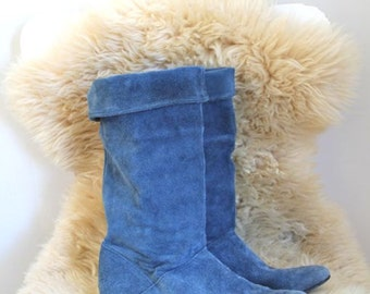 vintage blue boots - MYSTIC BLUE suede slouchy boots / 7.5