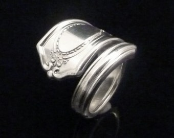 Victorian Decorative Silver Spoon Ring, Louis XVI 1911
