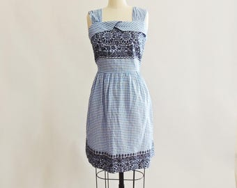 1950's Cotton Gingham Pattern Sun Dress with Printed Embroidered Pattern Vintage Size Large
