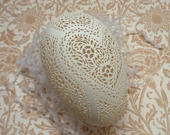 Hand Carved Victorian Lace Goose Egg: Heart Design for Any Occasion