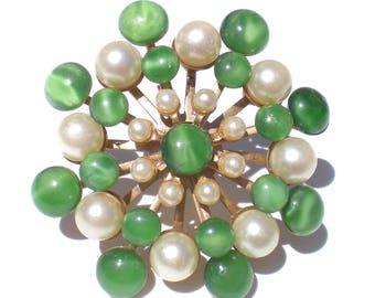 Green & White Brooch Atomic Styles with Art Glass and Faux Pearls - Vintage Jewelry