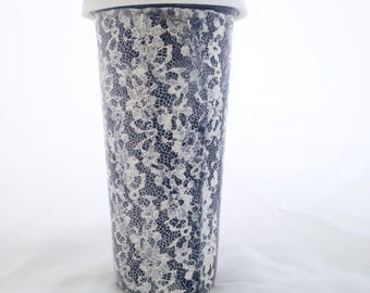 Black and White Lace Travel Mug with Silicone Lid - Coffee Tumbler Pottery - 18 ounces