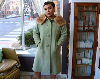 Free Shipping!: Vintage Plus Size 1950s Mint Green Button Up Coat with Mink Fur Collar