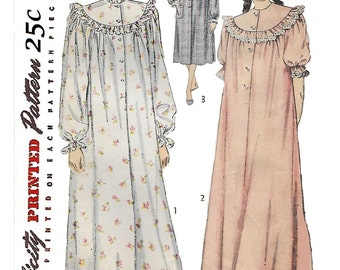 Simplicity 2646 Women's 40s Nightgown in Long or Short Lengths Sewing Pattern Size 16 Bust 34