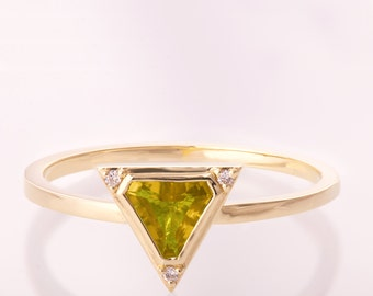 Art Deco Engagement Ring, Citrine, Unique engagement ring, Statement ring, Citrine Diamond Ring, Triangle ring, Halo ring, Orange ring, r021