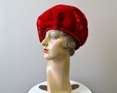 1960s Jack McConnell's Flair Red Crushed Velvet Hat