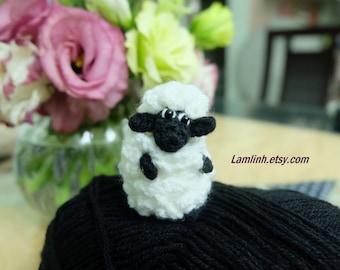 mini crochet  dollhouse miniature fat sheep - mini amigurumi sheep - micro stuffed animal