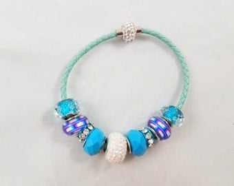 Frozen/Snowflake Light Blue Beaded Bracelet