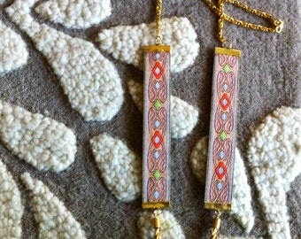 Embroidered Gold Trim Necklace