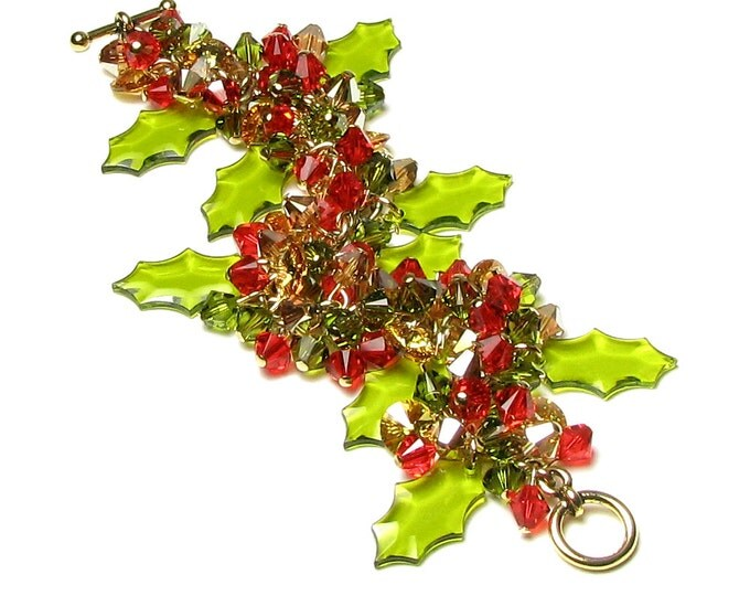 Christmas Green Holly Leaf Swarovski Crystal Cluster Gold Charm Bracelet Bright Red Berry Color Sparkling Holiday Jewelry Gifts For Women