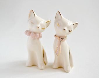 Cat cake topper, wedding cake topper, pink gold ivory - ceramic cat cake topper wedding, bride and groom cats - wedding keepsake