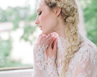 Petit pearls - Extra long hair vine