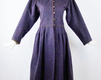1976 SAINT LAURENT RUSSIAN Collection  Eggplant Wool Coat Size 38 Made in France