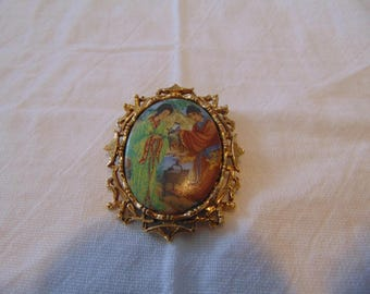 vintage ornate painted porcelain gold plated oriental romantic brooch