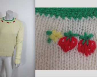 Vintage Early 70s Robert Scott Embroidered Shetland Wool Strawberry Sweater 38