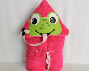 CLEARANCE - Frog with a Fly Pink Hooded Bath Towel