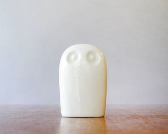 Vintage Ceramic / Porcelain Owl Figurine / Sculpture White