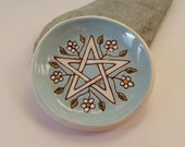 Ceramic Pottery Pentacle Flowers Dish, Pentagram Bowl, Offering Bowl, Altar Dish, Trinket Dish, Candle Holder, Pagan Pottery, Earth Goddess