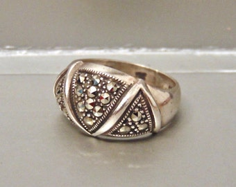 Vintage 925 Sterling Silver Marcasite Ring, Cocktail Ring, Dome Ring, Size 7