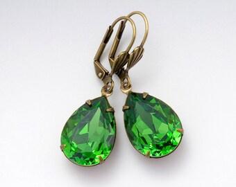 Kelly Green Earrings, Green Swarovski Crystal Earrings, Grass Green Dangle Earrings, Green Crystal Jewelry, Green Rhinestone Earrings, Deja
