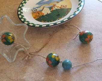 CRAFT FUN supplies your creation  One ceramic plate with small hole and vintage glass star with screw. No POLE