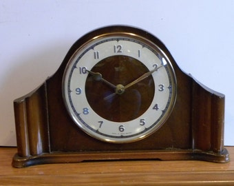 Smiths Vintage Mantel Shelf Clock - Recycled Battery Operated Clock