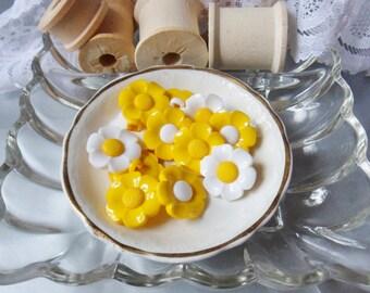 """Twelve Assorted Yellow Daisy Buttons, 3/4"""" Flower Buttons"""