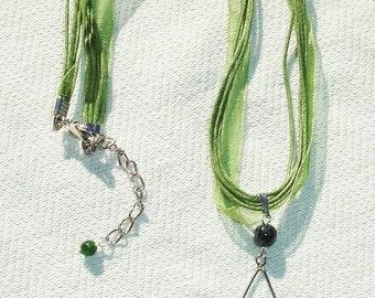 Green Gemstone Pentagram Ribbon Necklace