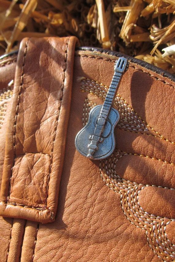 Acoustic Guitar Lapel Pin - CC193