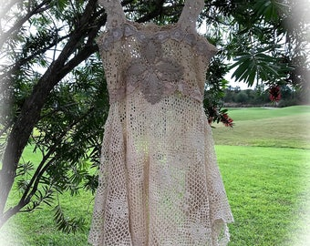 Vintage Style Romantic Crocheted Dress Size Large