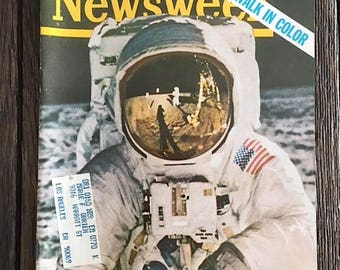 Vintage Apollo 11 Newsweek Magazine - Moonwalk In Color - 1969 Apollo 11 Collectible Magazine - Moon Landing - August 11 1969 Newsweek