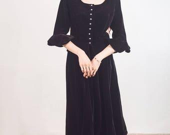 Black velvet jacket,Ruffle sleeves, peplum jacket, size medium to Large