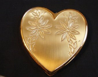 Vintage Makeup Compact, Heart Shaped Compact, Makeup Case, Gold Compact, Vintage Powder Compact