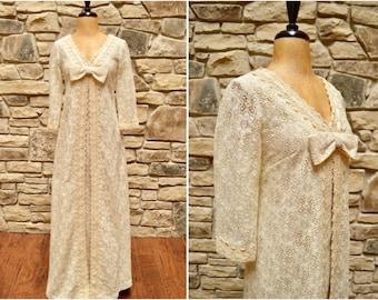 1970s Lace Hawaiian Wedding Dress, Seventies Carol & Mary Honolulu Off White Bridal Gown, Beach Boho Hilua Hawaii Maxi w/ Sleeves