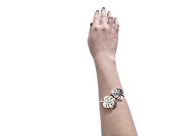 monstera leaves bracelet
