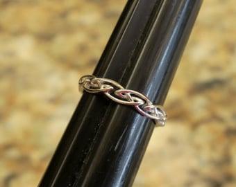 Vintage 925 Sterling Silver Celtic Endless Knot Ring
