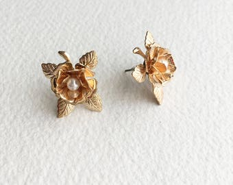 Rose Gold Bridal pearl earring, rose gold earring, rose gold jewelry,copper, post earring, flower earring,garden wedding bridal stud earring
