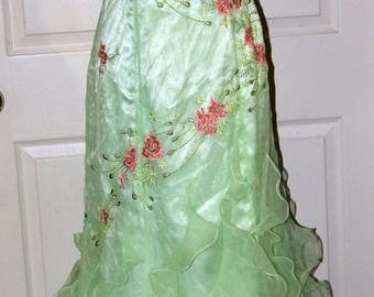 Beyond by Jovan Formal Dress - Vintage - Spring Green Salmon Pink - Beaded Accents - Prom - Wedding - Spaghetti Straps