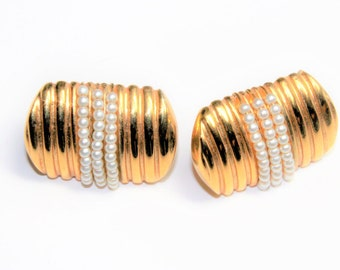 Napier Gold Coloured & Faux Pearls Clip On Screw Back Earrings (c1960s)