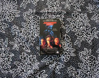 Judgement Night VHS Tape. 90s Cult Classic Action Thriller Movie. Emilio Estevez, Denis Leary Classic Violent Crime Movie