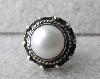 Single (1) Vintage Sterling Silver Cultured Pearl Stud Earring