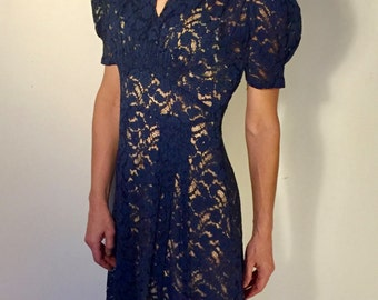 1930s exquisite royal blue lace, pintucks, gathers, slight puff sleeve, side snap closure, x small, small