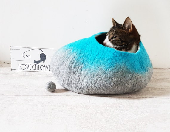 Large Cat Bed Cat Cave Cat House Natural Grey and Teal Felted - Free Ball