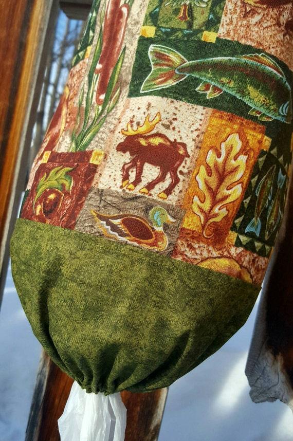 Wildlife Plastic Shopping Bag Holder, Bear Bag Dispenser