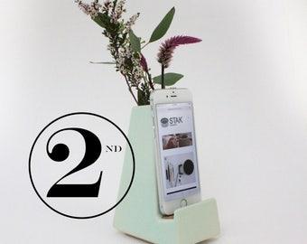 Seconds Sale Bloom Phone Vase