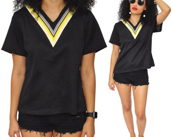 Vintage 70s Hippie Boho Chevron V-Neck Short Sleeve Top Shirt