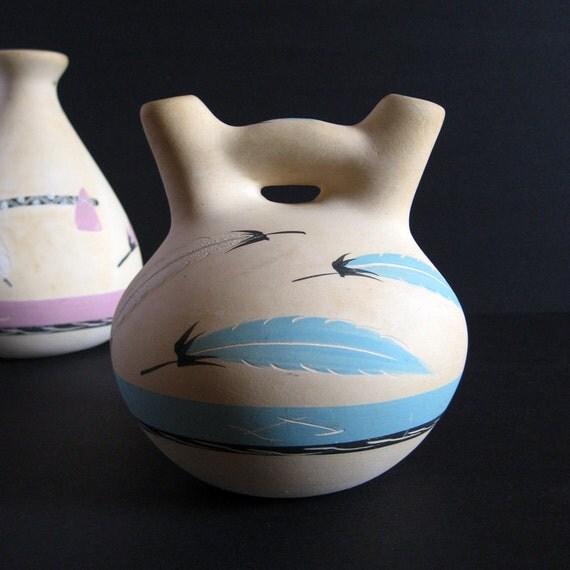 Vintage Native American Ceramic Vase Grey Feather Art